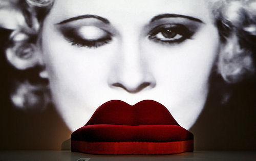 Устните на Мей Уест