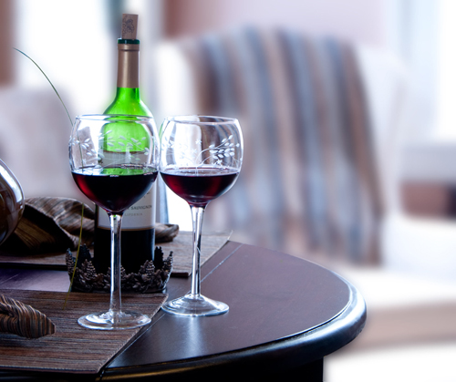 Две чаши вино