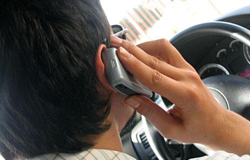 Телефонен лакът