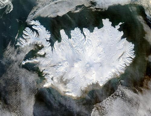Исландия - поглед от Космоса