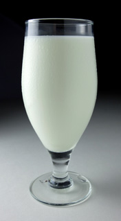 Чаша мляко