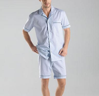 Пижама с къси панталони
