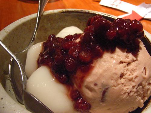 Сладолед с азуки