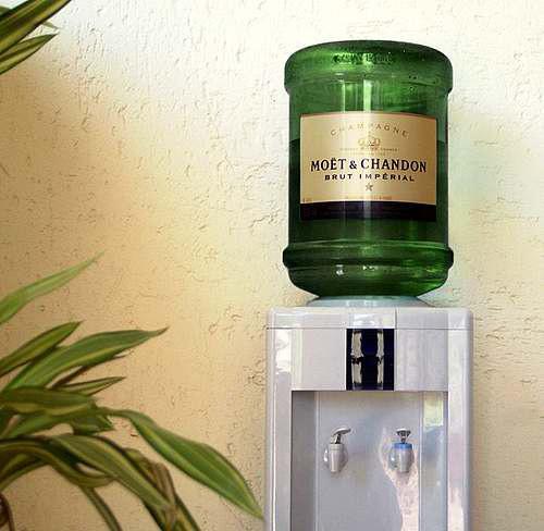 Машина за шампанско