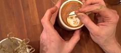 Да рисуваш върху кафе