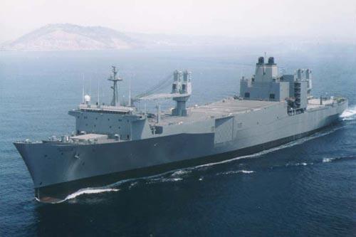 Товарен кораб