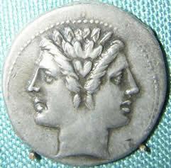 Монета с изображение на Янус