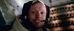 "Нийл Армстронг в Лунния модул на ""Аполо 11"""
