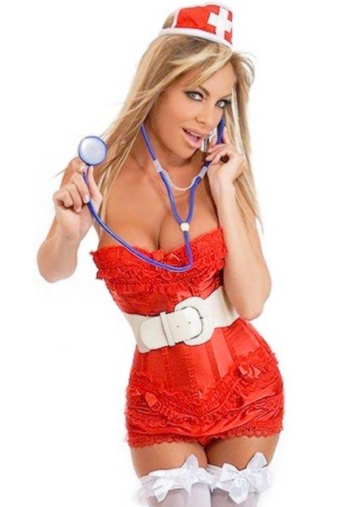 Секси медицинска сестра