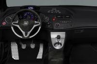 Honda Civic 2006 отвътре