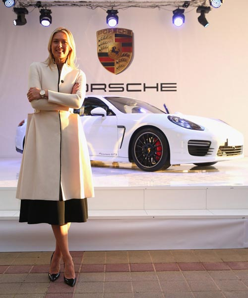 Porsche Panamera GTS на Мария Шарапова