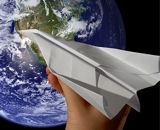 Хартиеният самолет