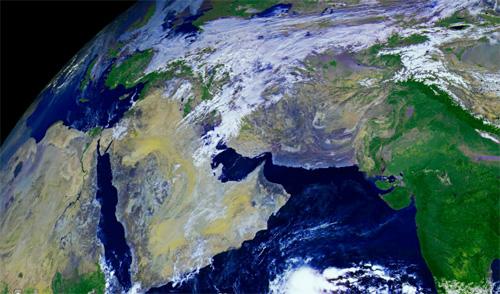 Поглед към Земята в 121 мегапиксела