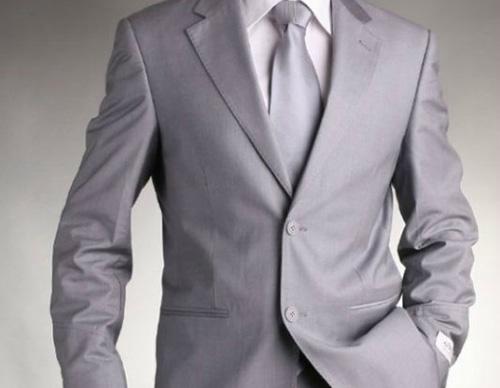 Сив костюм