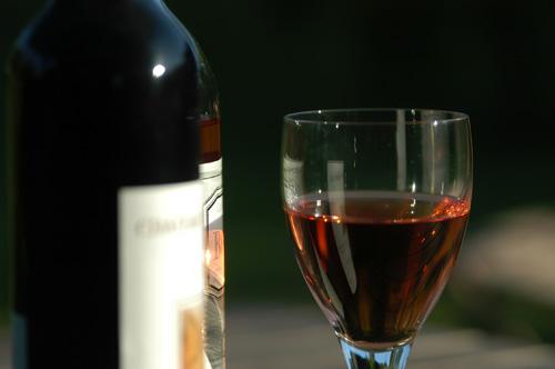 Бутилка вино