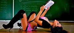Секси учителка